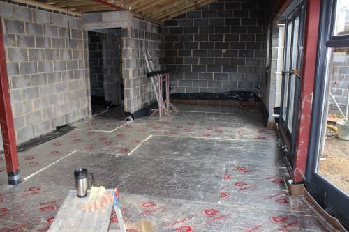Floor insulation in the dining room / kitchen
