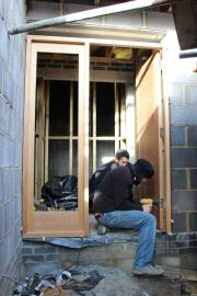 A 2-man job as the oak veneer door is very heavy
