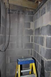 En-suite shower water pipe recesses
