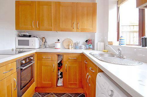 Radcot Close Kitchen