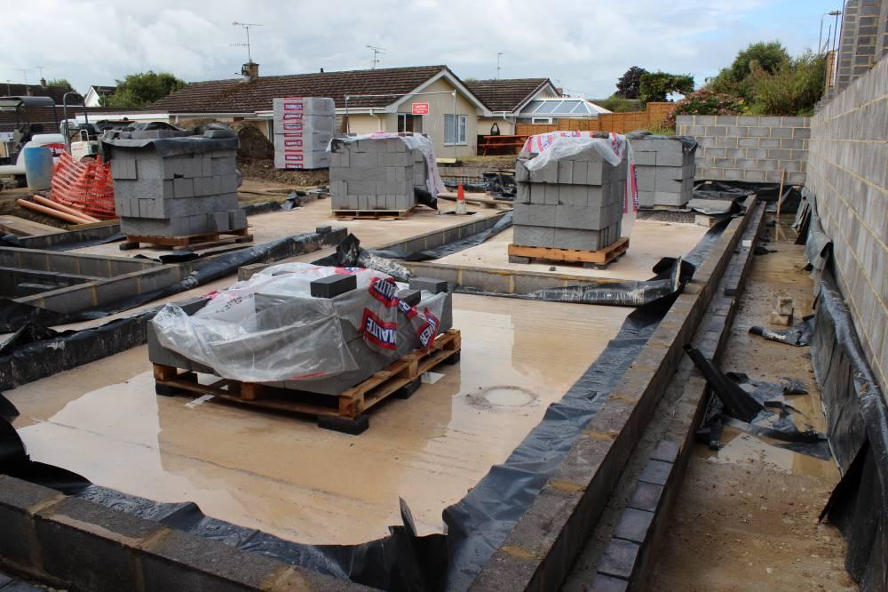 Lovely The Concrete Is Solid Despite The Rain Design Ideas