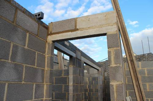 Hallway door lintel and padstone to support steel 'I' beam